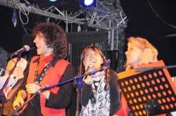 Mirko Fabbreschi dei Raggi Fotonici, la doppiatrice Perla Liberatori e Clara Serina dei Cavalieri del Re